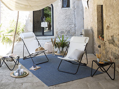 How to set up a small terrace.