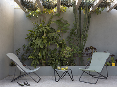 How to set up a patio
