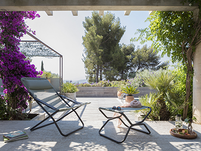How to set up a large terrace