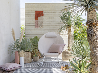 How to decorate a modern terrace?